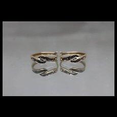 10k - .15 ct - Cute Swirl Diamond Dangle Earrings in Yellow Gold