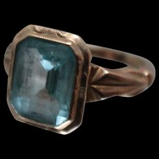 10k - Antique Art Deco Light Blue Spinel in Beautiful Detailed Yellow Gold