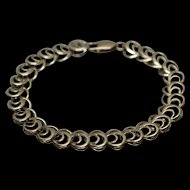 "10k - 8.25"" - Open Heart Crescent Moon Style Repeating Link Bracelet in Yellow Gold"