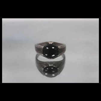 925 - Vintage Cabochon Cut Black Onyx Dome Mourning Ring in Sterling Silver