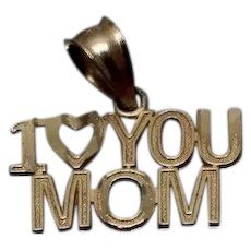 14k - Simple I Love you Mom Pendant Charm in Yellow Gold