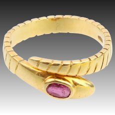 Snake ring 18k yellow gold with ruby eye