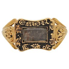 Geogian antique 18k yellow gold ring black enamel