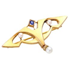 Edwardian 14K yellow gold brooch pearl and sapphire