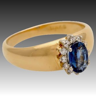 Genuine sapphire diamond ring gold