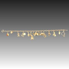 14k yellow gold Charm bracelet with lucky bringer