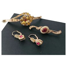Antique gold set bracelet pin earrings seed pears ruby color stone