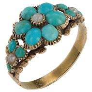 A Charming Georgian Turquoise Flower Ring in box