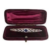 A Lovely Sapphire and Diamond Brooch in Platinum, Ca1920