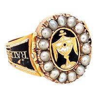 A scrumptious Georgian Memorial Swivel Ring in 18ct Gold