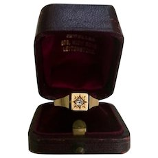 A Charming,Victorian Diamond and 18ct (stamped) Gold Gypsy Ring