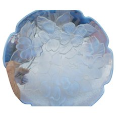 Vintage elegant blue clear raised  floral pattern glass round tray