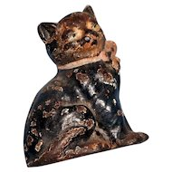 Circa 1920 cast iron 3 inches  tall cat