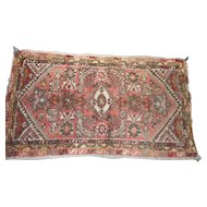 Circa 1900 0riental rug runner 29 x 50 inches
