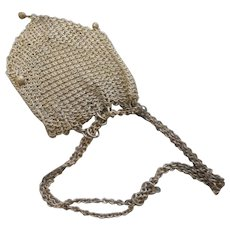 Circa 1890 ladies mesch wire small purse