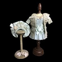 Pretty 3-Piece Silk and Lace Outfit for Small Size Bebe