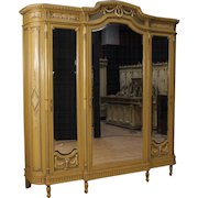 20th Century Italian Lacquered Wardrobe In Wood With Mirrors In Louis XVI Style