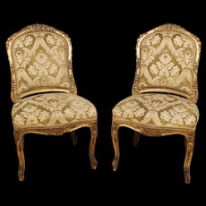 20th Century French Pair Of Lounge Chairs in Gilt Wood With Damask Velvet