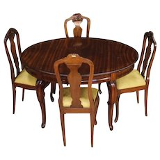 20th Century  Group Of 12 French Chairs In Carved Mahogany Wood
