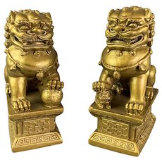 Pair Of Carved Plaster Chinese Dog Gilded Vintage c1980