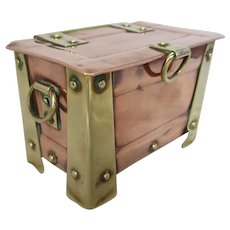 Small Arts & Crafts Copper & Brass Casket Box c1900.
