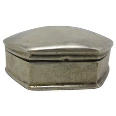 925 Sterling Silver Pill Box Vintage 20th Century.