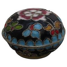 Chinese Cloisonne Pill Box Vintage 20th Century.