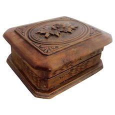 Small Carved Black Forest Stamp Box Antique c1900-20