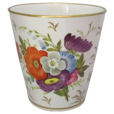 Antique Chamberlains Worcester Pot with Floral Decoration.