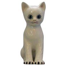 Italian Porcelain Cat Vintage 20th Century.