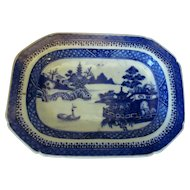 Small Antique Chinese Willow Pattern Export Dish 19th Century