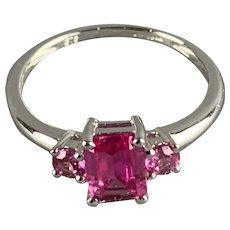 9kt White Gold With Pink Paste Stone Ring Vintage c1960