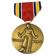 Brass United States WW2 Victory Medal  Vintage From 1941 to 1945