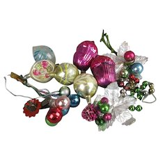 Group of Christmas Tree Decorations & Baubles Vintage c1930