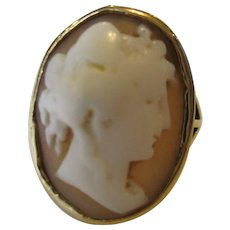 9ct Yellow Gold Shell Cameo Ring Antique Art Deco c1920.