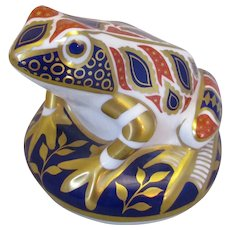 Royal Crown Derby Frog Paperweight with Gold Stopper c1999.