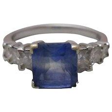 18ct White Gold Sapphire & Diamond Ring.
