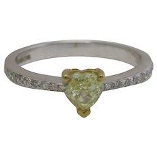 18k 18ct White Gold Yellow & White Diamond Ring Vintage c1980.