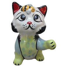 English Porcelain Cat Figurine By Lorna Bailey Vintage 20th Century.