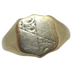 Shield 9k Gold Signet Ring English Vintage 1973