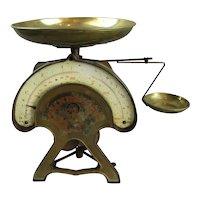 Lindells Counter Top Shop Scales Antique  c1920