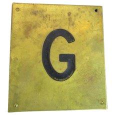 Solid Brass & Enamel Letter Initial Plaque ( G ) Vintage c1960