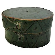 Scandinavian Folk Art Birch Bent Wood Container Antique Early 19th Century.