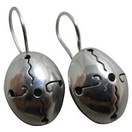 Sterling silver dangling ear pendant earrings Vintage c1980.