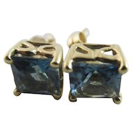 Blue topaz 9k gold stud earrings Vintage c1980.