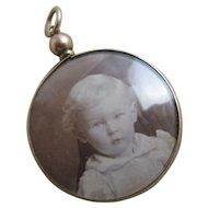 Mourning locket pendant 9k gold antique Edwardian 1904 English hallmark.