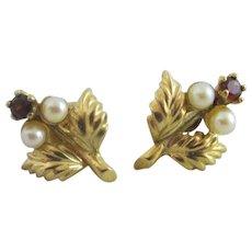 Garnet Seed Peal 9k Gold Flower Stud Earrings Vintage 1964 English Hallmark.