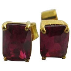 Ruby 9k Gold Stud Earrings Vintage c1980.