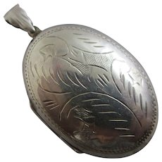 Sterling Silver Double Pendant Locket Vintage c1980 English Hallmark.