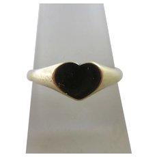 Heart 9k Gold Signet Ring Vintage 1981 English Hallmark.